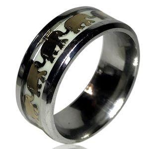 Jewelry - Glow In The Dark Luminous Elephant Ring